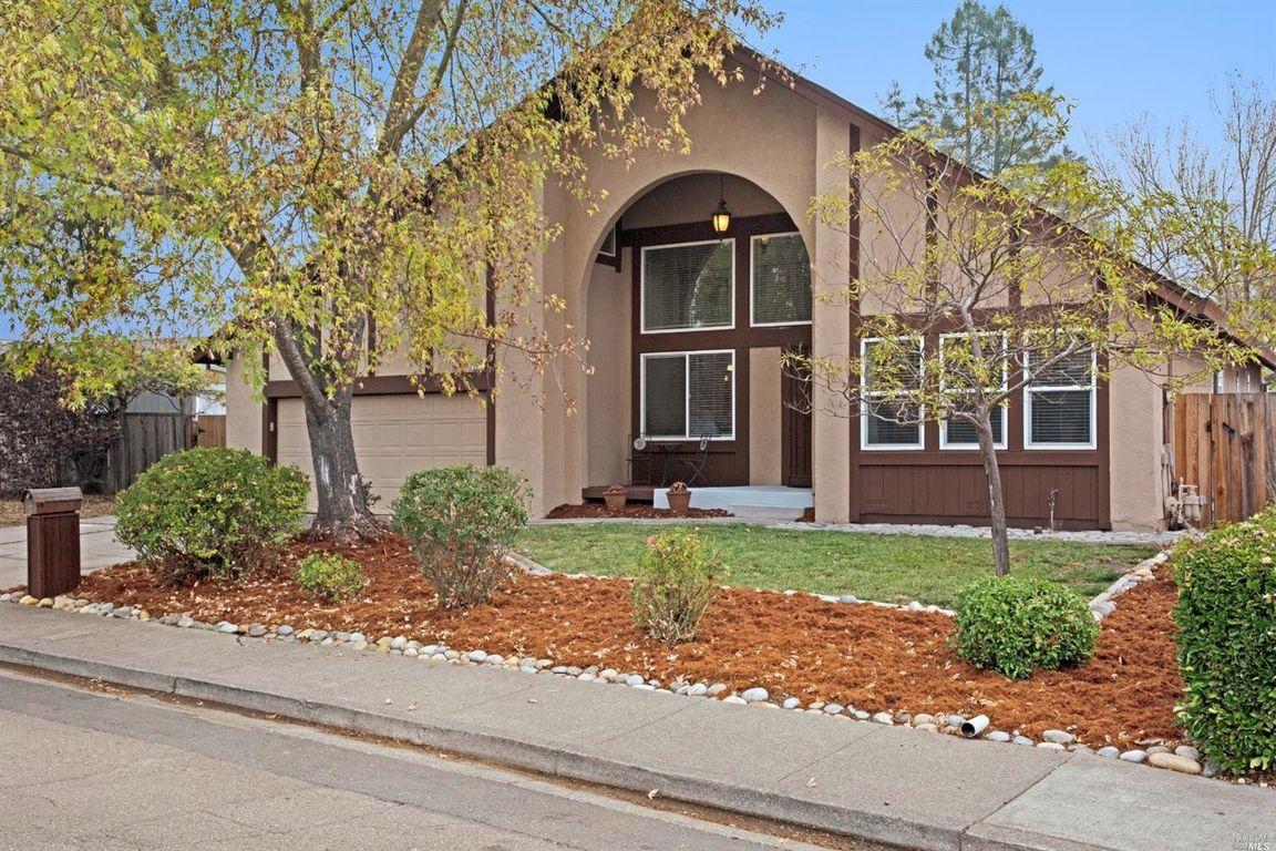 6040 Dawn Drive, Rohnert Park, California